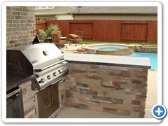 outdoor-kitchen-by-houston-cool-pools-003